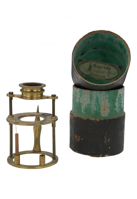 http://histoiredumicroscope.com/?p=6271