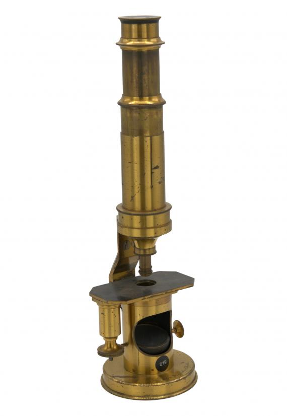 http://histoiredumicroscope.com/?p=3855