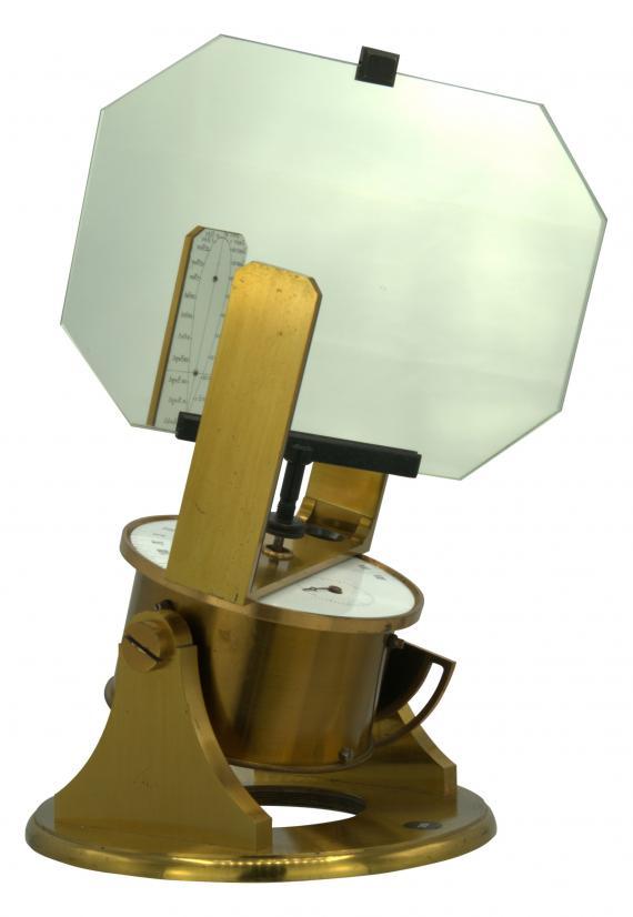 http://histoiredumicroscope.com/?p=6931