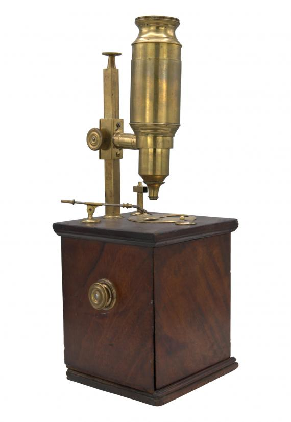 http://histoiredumicroscope.com/?p=3825