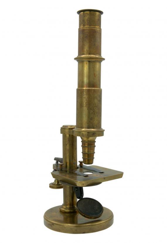 http://histoiredumicroscope.com/?p=7435