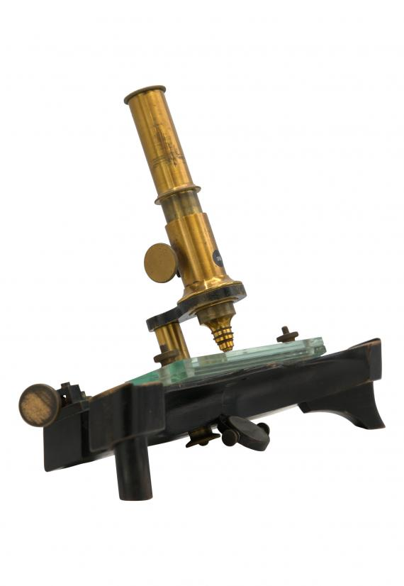 http://histoiredumicroscope.com/?p=4176
