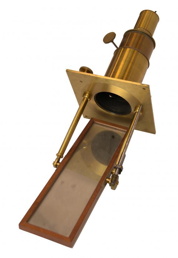 http://histoiredumicroscope.com/?p=4289